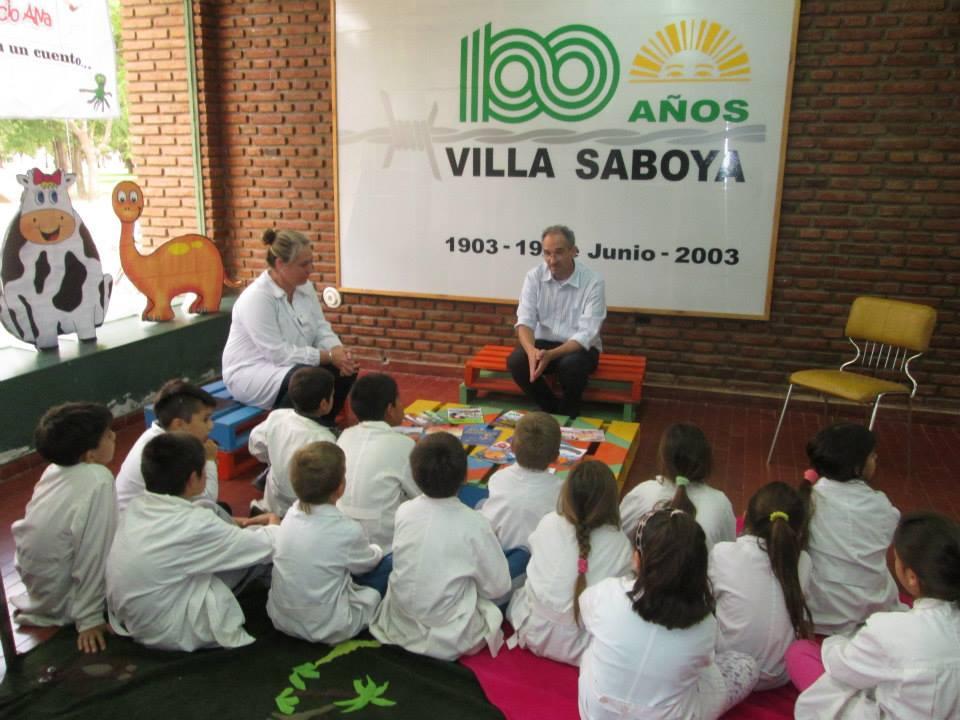 El escritor Horacio Alva visitó Villa Saboya