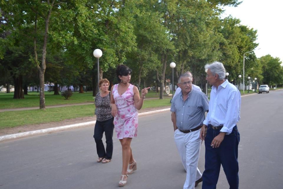 El intendente en Villa Saboya
