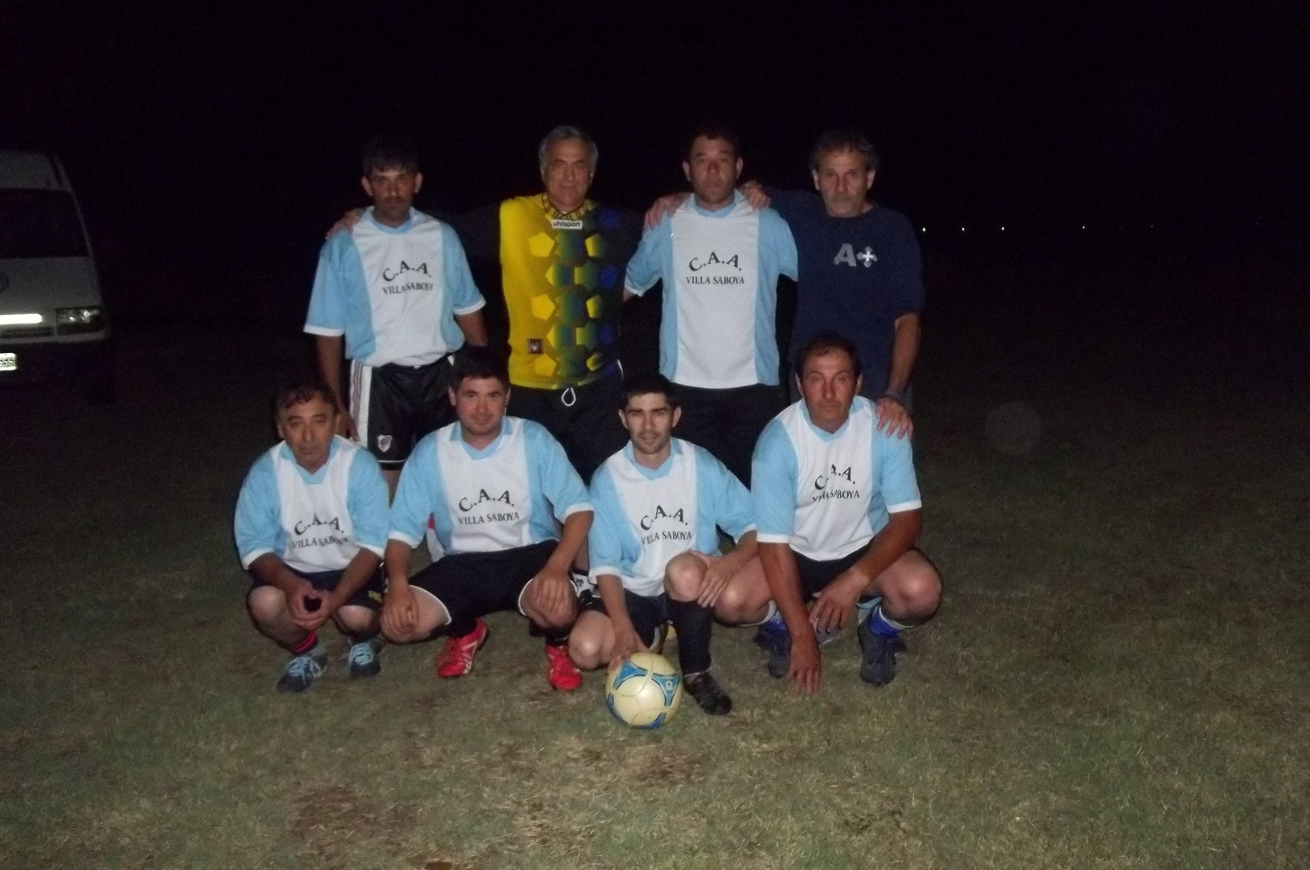 Villa Saboya participa del Torneo de Papi fútbol en Cañada Seca